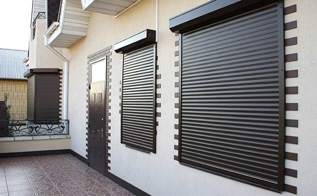 Рольставни и ролетные ворота в Тольятти - телефоны 74-89-40, 8 (9626) 148-940